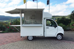 street-food-cart-freddymobil-for-repen-sausages