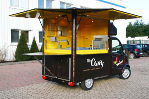 Mobile catering trailer for Os Curry
